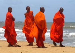 """Буддизм занимает Шри-Ланке """"первостепенное место"""""""