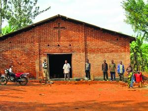 Вернувшиеся беженцы могут теперь проводить служения в собственной церкви