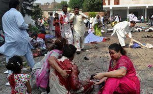 Pakistan-church-bombing300