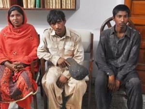 Освобожденые Амна, Чанд и Имран