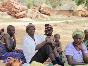 Фонд Варнава поддерживает нигерийских беженцев в Камеруне