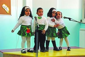 Рождественский концерт в вифлеемской школе, которою поддерживает Фонд Варнава