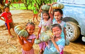 """""""Теперь я могу спокойно и от всей души петь песни Иисусу"""", - говорит один из детей карен из Бирмы о своей жизни в детском доме, который поддерживает Фонд Варнава"""