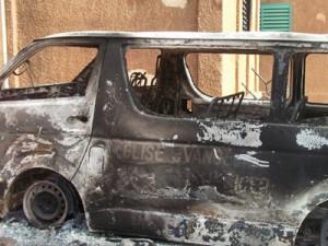 Церковный автобус, сгоревший в Нигере в антихристианских нападениях