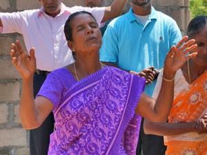 Несмотря на гонения христиане Шри-Ланки собираются вместе для молитвы