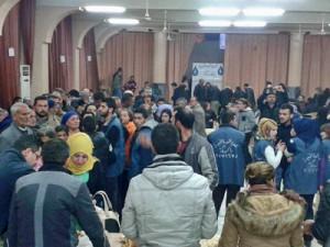 Сирийские христиане, бежавшие из своих деревень, ищут убежище у родственников и в церквях