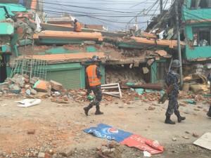 Разрушенная в результате землетрясения в Непале церковь