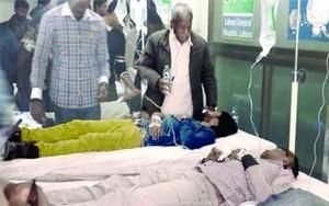 Пострадавшие при взрыве в церкви Юханабада в больнице. Фонд Варнава помог покрыть расходы на лечение пострадавших и похороны погибших и другие нужды