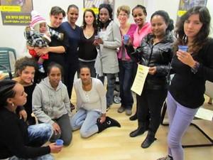 Христианские беженцы из Эритреи в центре, который поддерживает Фонд Варнава в Тель-Авиве
