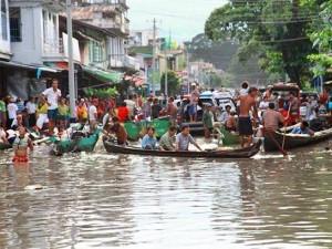 Свыше 300,000 человек, многие и которых христиане, пострадали от внезапных наводнений