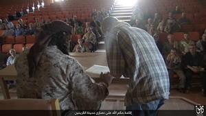 христиане подписывают договор дхиммы300