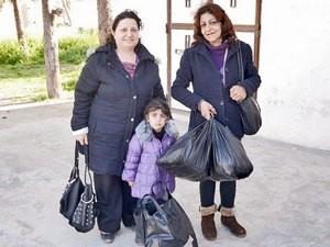 Фонд Варнава предоставляет одежду, обувь и предметы первой необходимости христианским семьям в Сирии