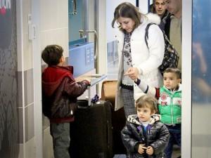 Беженцы прибывают в Прагу