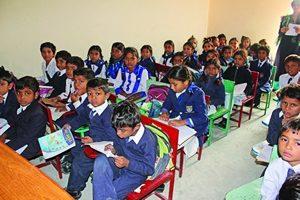 Фонд Варнава поддерживает в Пакистане 65 христианских школ, предоставляя детям из христианских семей возможность получить образование в безопасной и любящей атмосфере