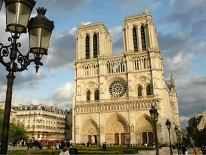 Notre-Dame-300