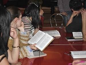 Библии и иная христианская литература находятся под серьезным государственным контролем в Узбекистане. В результате многим христианам приходится платить большие штрафы, множество книг уже было конфисковано и уничтожено
