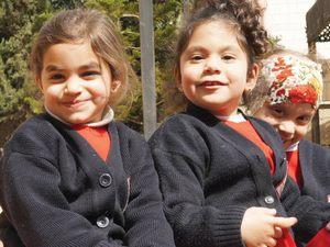 Через помощь Фонда Варнава сотни христиан в Вифлееме могут получить качественное образование в атмосфере христианской любви Дома голод, в школе притеснения